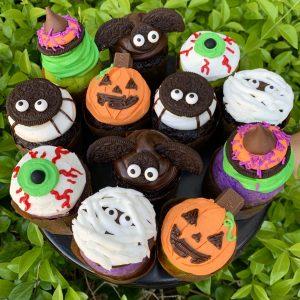 WEEK 7: Halloween Cupcake Decorating